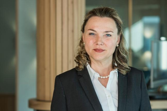 Janine Vannaz – Ich mache Politik, die wirkt! Porträt aus dem Berufsleben von Janine Vannaz.